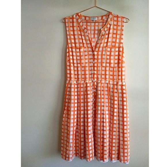 94f87fbb45660 crown & ivy Dresses & Skirts - Crown & Ivy watercolor plaid dress
